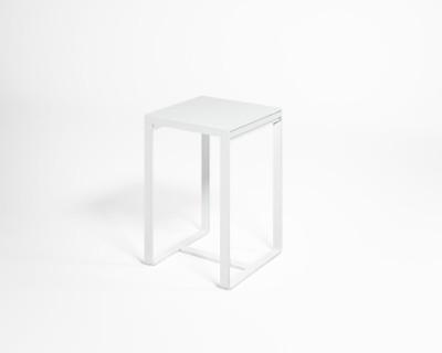 Flat Bar Table