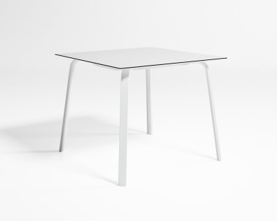 Stack High Dining Table