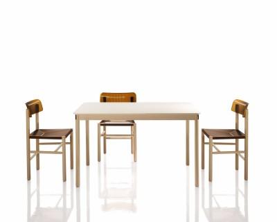 Trattoria Table
